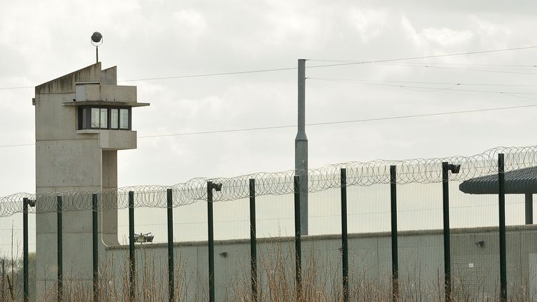 Vue de la prison de Sequedin (Nord), le 15 avril 2013. (PHILIPPE HUGUEN / AFP)