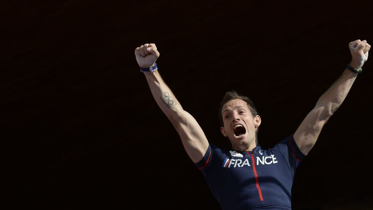 Renaud Lavillenie (FRANCK FIFE / AFP)
