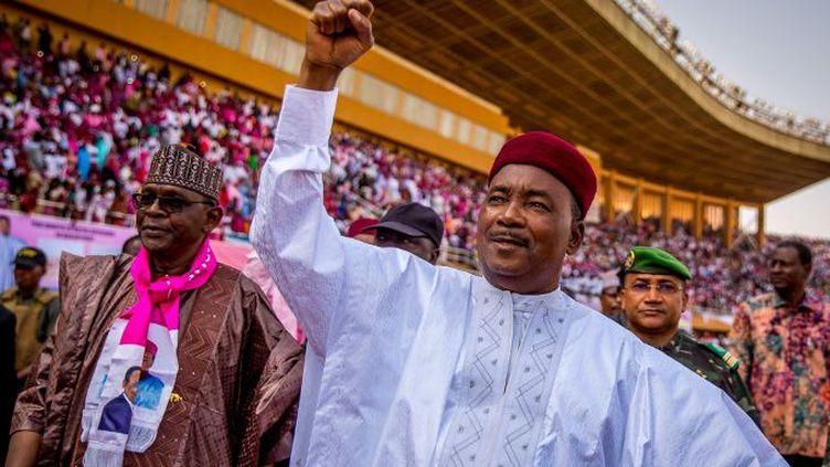 Le président sortant Mahamadou Issoufou en campagne électorale à Niamey le 18 février 2016. (AFP/ Issouf Sanogo)