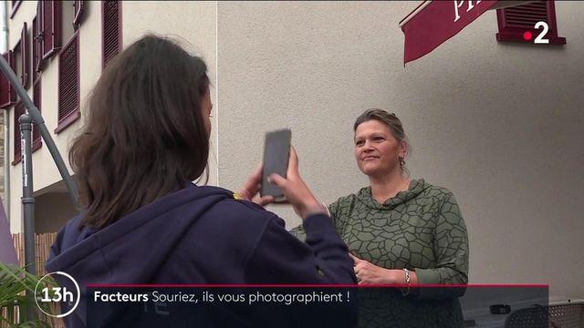 Facteurs : un projet les transforme en photographes le temps d'une journée