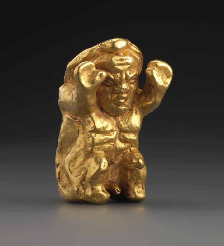 Un osselet en or, en forme de nain qui pouvait servir à consulter les oracles. (Fondation Gandur pour l'Art, Genève / André Longchamp)