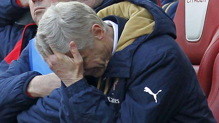 L'entraîneur des Gunners, Arsène Wenger, dépité sur son banc
