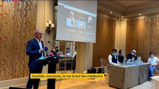 Le médecin Jérôme Marty lors d'une conférence de presse à Paris, le 7 septembre 2021. (FRANCEINFO)