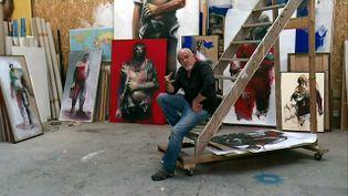 Paul Gloas reçoit France 3 dans son atelier (France 3 Bretagne)