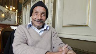 Pierre Rabhi, figure de l'écologie et de l'altermondialisme, en 2010 à Paris  (FRANCOIS GUILLOT / AFP)