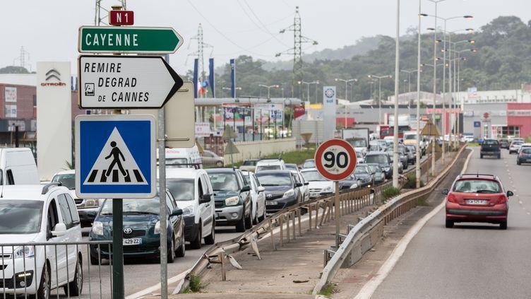 Cayenne, en Guyane, le 21 avril 2017, jour de la signature d'un accord mettant fin à cinq semaines de conflit social. (JODY AMIET / AFP)