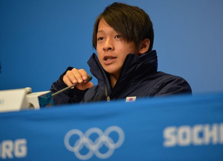 Ayumu Hirano lors d'une conférence de presse le 6 février 2014 à Sotchi (Russie). (PETER PARKS / AFP)