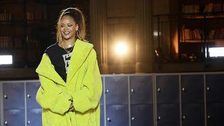La chanteuse Rihanna au final de son défilé pour Puma, mars 2017  (ALAIN JOCARD / AFP)