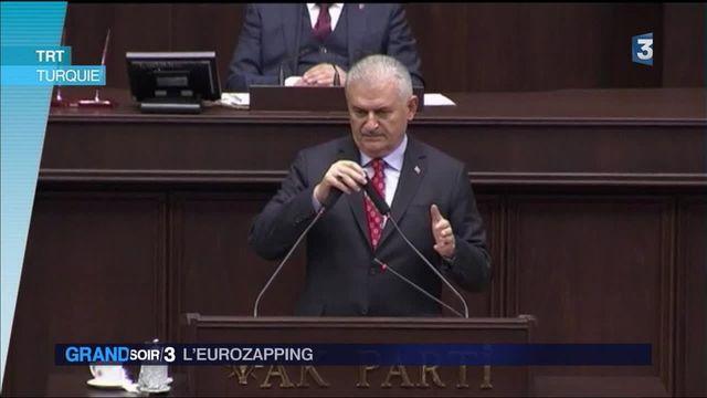 Eurozapping : la Turquie répond aux critiques, la Russie honore les astronautes