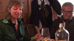 Crise sanitaire: des Français traversent la frontière italienne pour un déjeuner au restaurant (France 3)