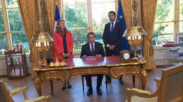 Macron médiatise sa loi de moralisation de la vie politique