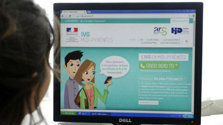 (Un site d'information officiel sur l'IVG©MAXPP)