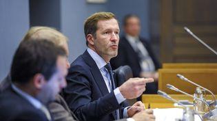 Paul Magnette, le président-ministre wallon, lors d'une réunion autour du Ceta, au parlement à Namur en Belgique, le 18 octobre 2016. (NICOLAS LAMBERT / BELGA MAG)