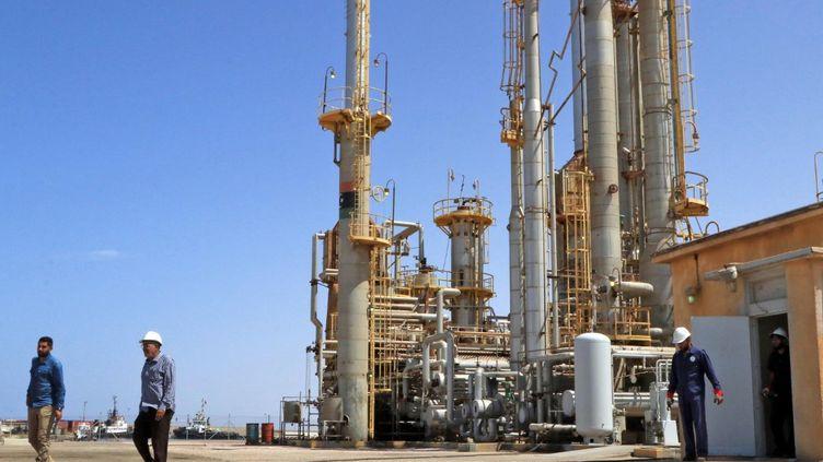Une vue du terminal maritime pétrolier de Brega. Situé à l'ouest de Benghazi, c'est l'un des plus importants de Libye. (- / AFP)