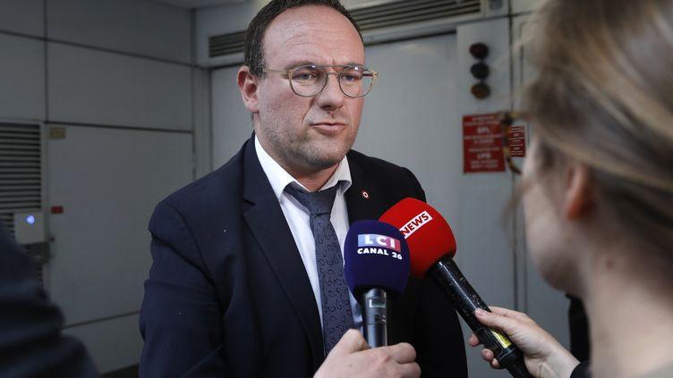 Le député Les Républicains Damien Abad, le 11 juin 2019 au siège du parti à Paris. (FRANCOIS GUILLOT / AFP)