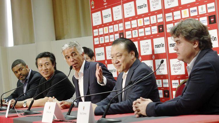 Le président du club de football de Nice présente en juin 2016quatre nouveaux investisseurs dont deux actionnaires chinois (CYRIL DODERGNY / MAXPPP)