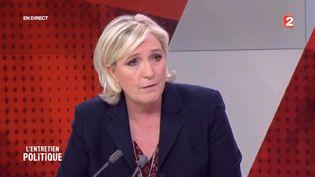 """Marine Le Pen, invitée de l'émission """"L'Entretien politique"""" sur France 2, mardi 28 mars. (FRANCE 2)"""