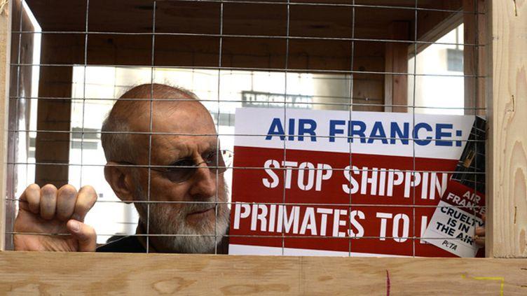 (© Maxppp - En avril dernier, des membres de l'association de défense des animaux PETA avait manifesté contre les pratiques d'Air France.)