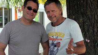 Conférence de presse de Musilac, le 15 juillet 2005, avec Johnny Clegg et Renaud, parrain du festival. (MUSCIO / MAXPPP)
