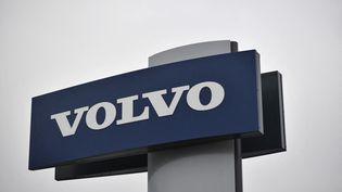 Une enseigne Volvo. (BEN STANSALL / AFP)