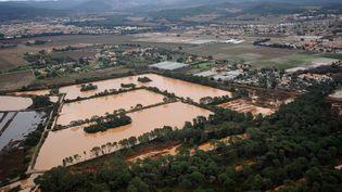 Des innondations dans le Var, le 20 janvier 2014. (ANNE-CHRISTINE POUJOULAT / POOL / AFP)
