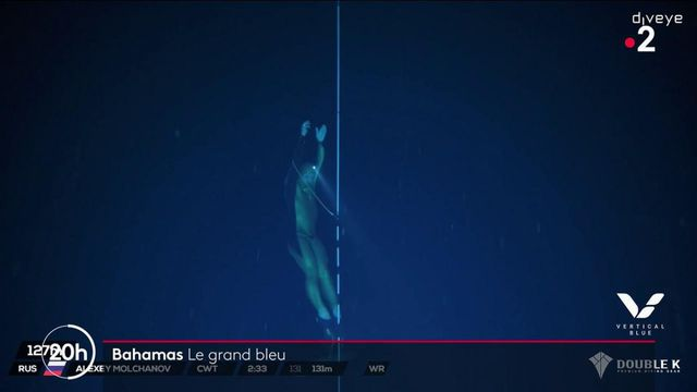 Bahamas : dans le Trou bleu de Dean, les apnéistes plongent à plus de 100 mètres de profondeur