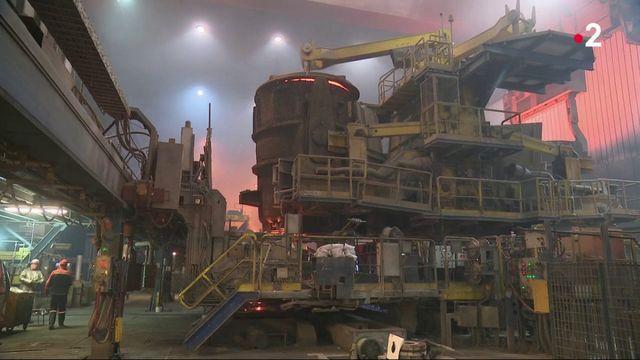 Emploi : l'État doit-il sauver l'industrie?