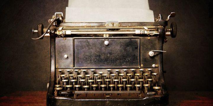 Vieille machine à écrire (BENOÎT BACOU / PHOTONONSTOP)
