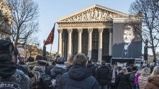 L'hommage populaire à Johnny Hallyday le 9 décembre. Vue sur l'église de la Madeleine.  (PATRICK GELY/SIPA)