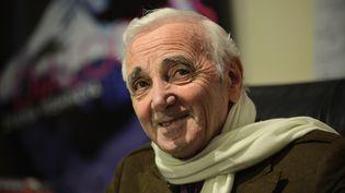 Le chanteur Charles Aznavour le 6 avril 2012 à New York. (STAN HONDA / AFP)