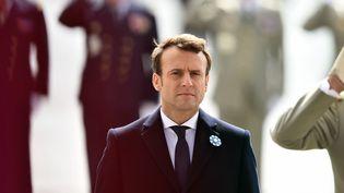 Emmanuel Macron, le 8 mai 2017 à Paris, lors de la commémoration de la victoire de 1945. (BLONDET ELIOT / ABACA / REA)