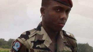 Seul survivant des trois militaires attaqués par Mohamed Merah, Loïc Liber essaie de s'accrocher à la vie. Tétraplégique, il vit désormais dans une chambre d'hôpital. (FRANCE 3)
