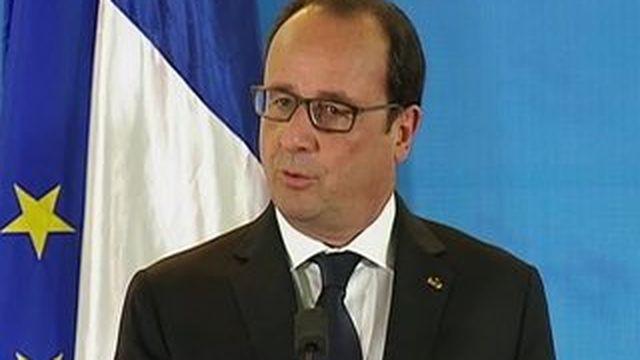 """Si le non l'emporte dimanche, """"on rentre dans une forme d'inconnu"""", selon Hollande"""