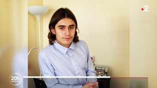 Le collégien Yuriy a été agressé à Paris, le 15 janvier 2021. (FRANCE 2)