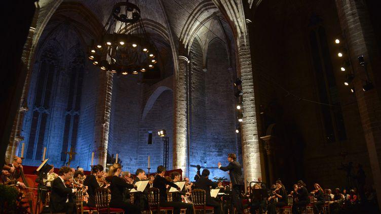 L'un des concerts du festival de La Chaise-Dieu en 2016 : l'ensemble de la chambre philarmonique sous la direction d'Adrien Perruchon. (MAXPPP)