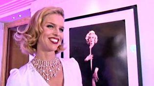 Le top model Eva Herzigova, une fan de Marilyn  (France 3 / Culturebox)