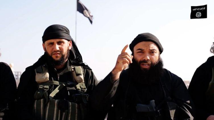Capture d'écran d'une vidéo de propagande de l'organisation Etat islamique diffusée le 18 décembre 2014. (AL-ITISAAM MEDIA FOUNDATION / AFP)