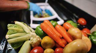 Manger sain et équilibré, beaucoup de Français changent leurs habitudes, mais attention aux excès d'aliments et graines en tous genres. (MAYUR KAKADE / MOMENT RF / GETTY IMAGES)