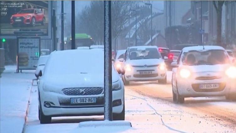 Les routes des Hauts-de-France envahies par la nige mardi 22 janvier (CAPTURE D'ÉCRAN FRANCE 3)