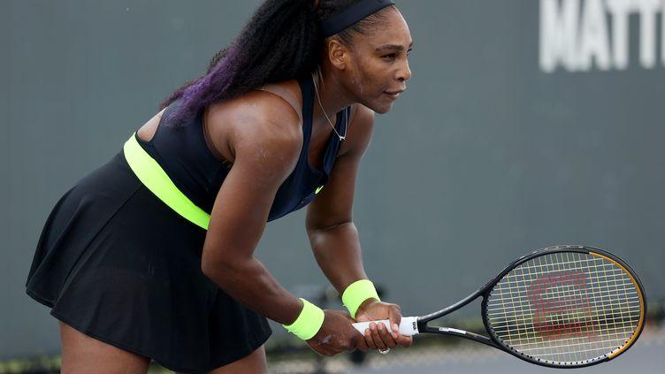 Serena Williams, lors de son match contre Venus Williams, le 13 août 2020 à Lexington, Kentucky.  (DYLAN BUELL / GETTY IMAGES NORTH AMERICA)