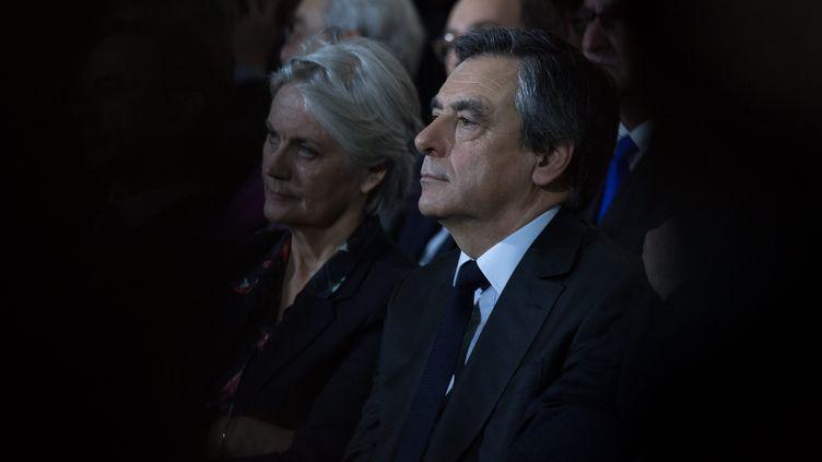 Penelope et François Fillon à Paris, lors d'un meeting du candidat de la droite à la présidentielle, le 29 janvier 2017. (MAXPPP)
