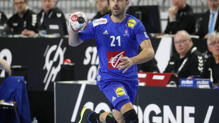 Le capitaine de l'équipe de France de handball, Michaël Guigou. (FIRO SPORTPHOTO / AFP)