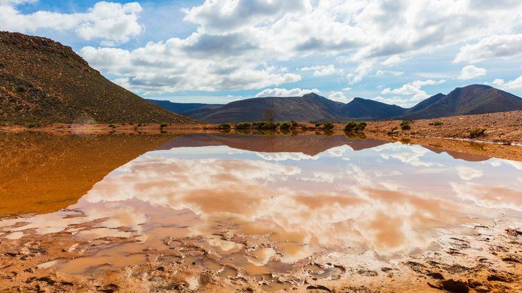Les montagnes de Cape Town, en Afrique du Sud. (ZERO CREATIVES / CULTURA CREATIVE / AFP)