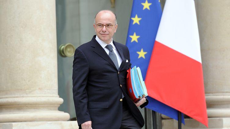 Le ministre de l'Intérieur, Bernerd Cazeneuve, le 28 mai 2014 à l'Elysée. (STEPHANE DE SAKUTIN / AFP)