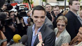 Etienne Bousquet-Cassagne, le candidat du Front national, battu à Villeneuve-sur-Lot,dans l'ancienne circonscription de Jérôme Cahuzac, lors de la législative partielle, le 23 juin 2013. (JEAN-PIERRE MULLER / AFP)