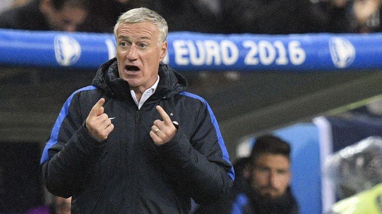 Le sélectionneur de l'équipe de France, Didier Deschamps, durant France-Islande (MARTIN BUREAU / AFP)