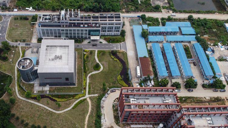 Le campus du laboratoire de virologie de Wuhan, en Chine, le 27 mai 2020. (HECTOR RETAMAL / AFP)