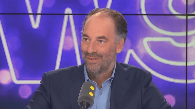 Jérôme Fouqueray, directeur général de W9 et 6ter, mardi 18 septembre sur franceinfo. (FRANCEINFO/RADIOFRANCE)