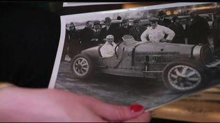 Cette semaine, dans sa série Les Battantes consacrée aux femmes qui ont fait l'histoire, le 13 Heures présente le portrait de Mariette HélèneDelangle, diteHelléNice, l'une des premières femmes à avoirfaitde la course automobile dans les années 30. (FRANCE 2)