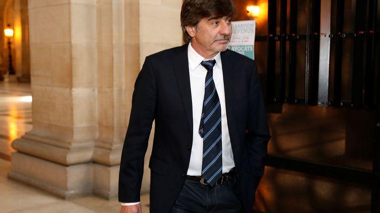 Michel Neyret au tribunal correctionnel de Paris, le 9 mai 2016. (THOMAS SAMSON / AFP)